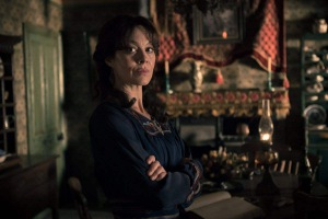 Helen McCrory (Polly Shelby)
